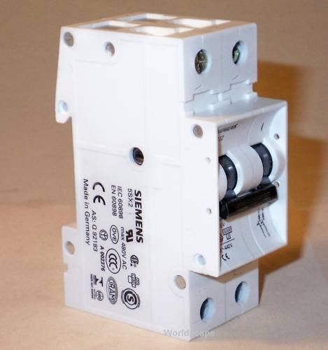 0.5A SIEMENS 5SX2205-7 circuit breaker 2 pole