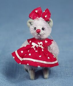 """DEB CANHAM """"VALENTINE MOUSE"""" MINI MICE-MOHAIR IN RED VALENTINE DRESS AND BOW"""