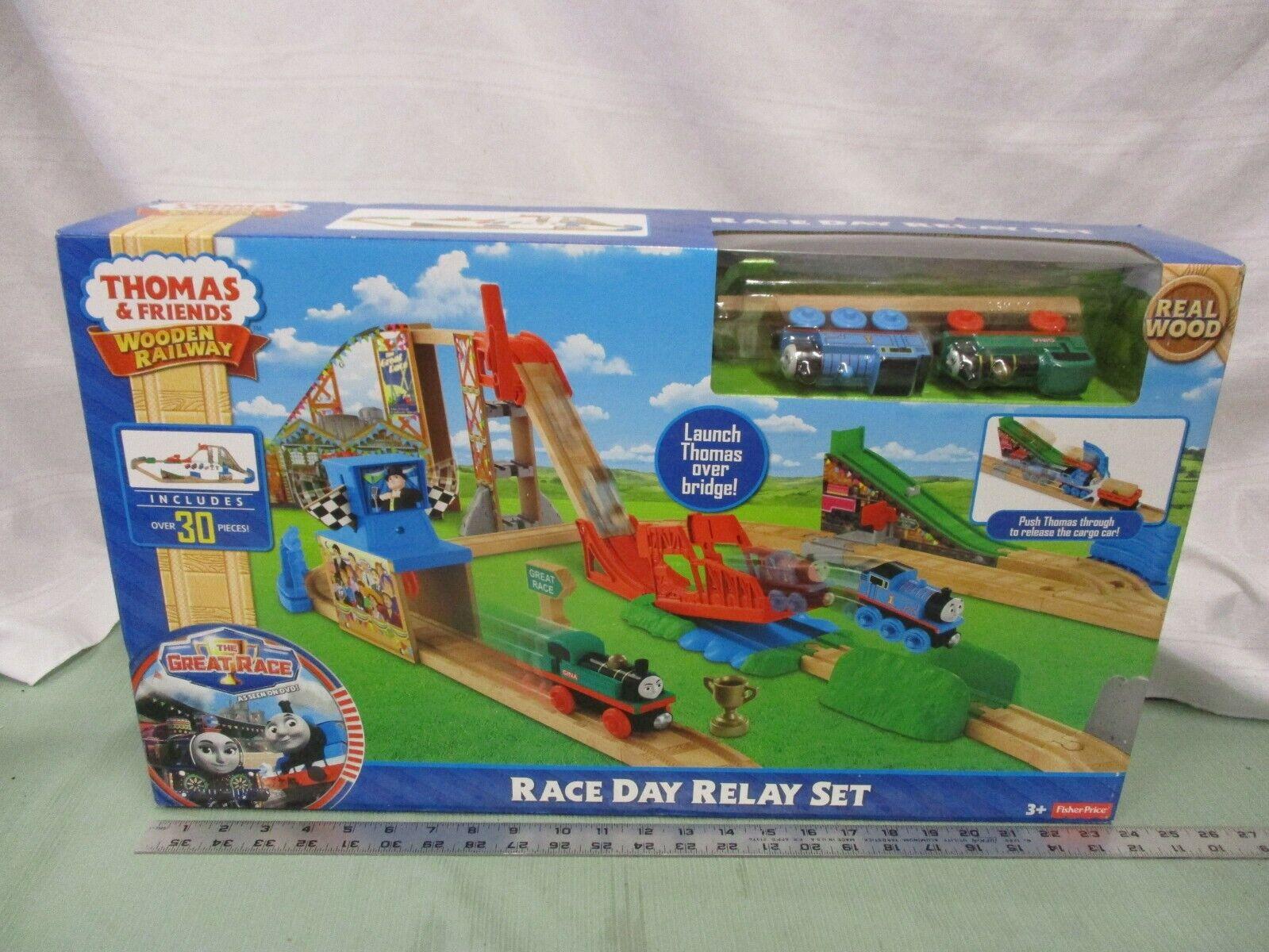 Nuevo Friends Wooden Railway Thomas and juego de relés de las pistas de tren Race Day competir