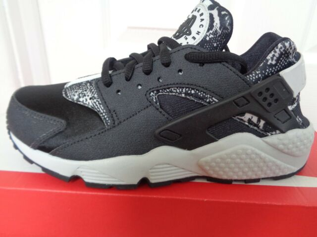 39b26541e6b6 Nike Air Huarache Run Print trainers 725076 003 uk 3.5 eu 36.5 us 6 NEW+