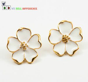 VINTAGE-GOLD-EDGE-FORGET-ME-NOT-FLOWER-STUD-EARRINGS-FASHION-COSTUME-JEWEL-GIFT