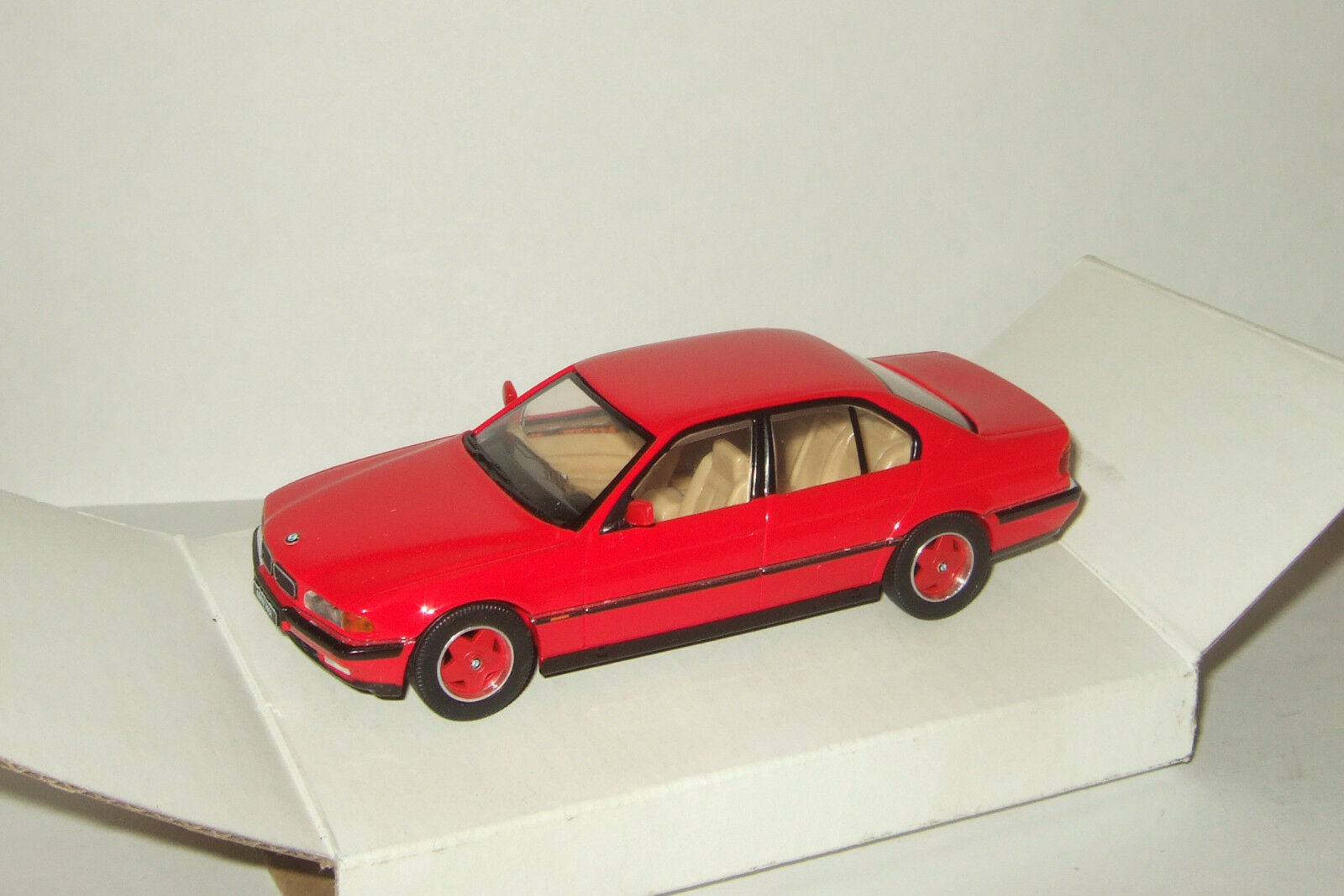 Berline BMW 7 Series e38 1995 HERPA 1 43 SPECIAL