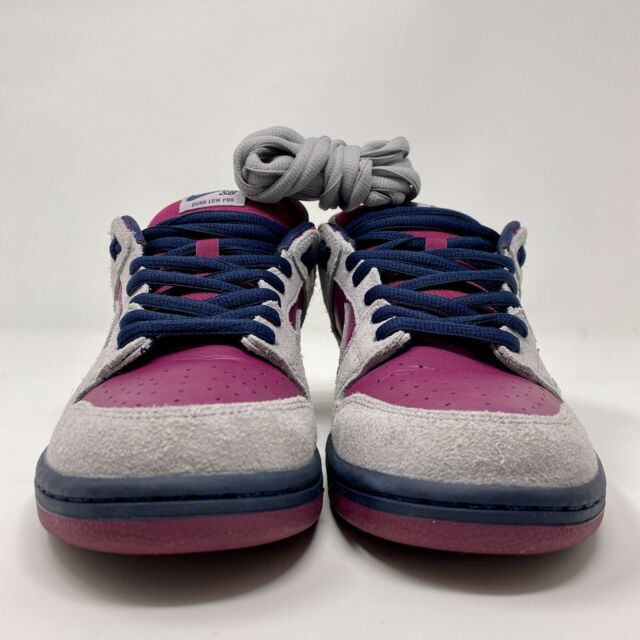 Nike SB Dunk Low Atmosphere Grey True Berry BQ6817-001 Size 10 PRE-OWNED 9/10