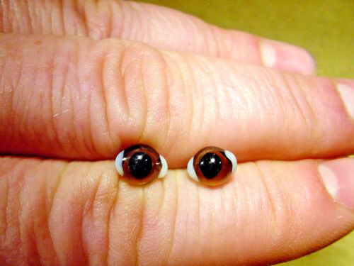 a pair vintage solid Glass Eyes size 8 mm for teady bear or doll age 1910 A 55