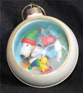 Vintage 1980 HALLMARK Panorama Ball SNOOPY SKI HOLIDAY ...