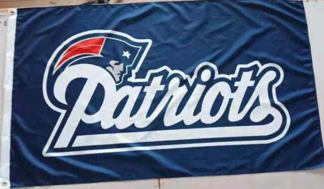 NFL New England Patriots Banner Flag with 2.5 Eyelets, 150cm x 90cm