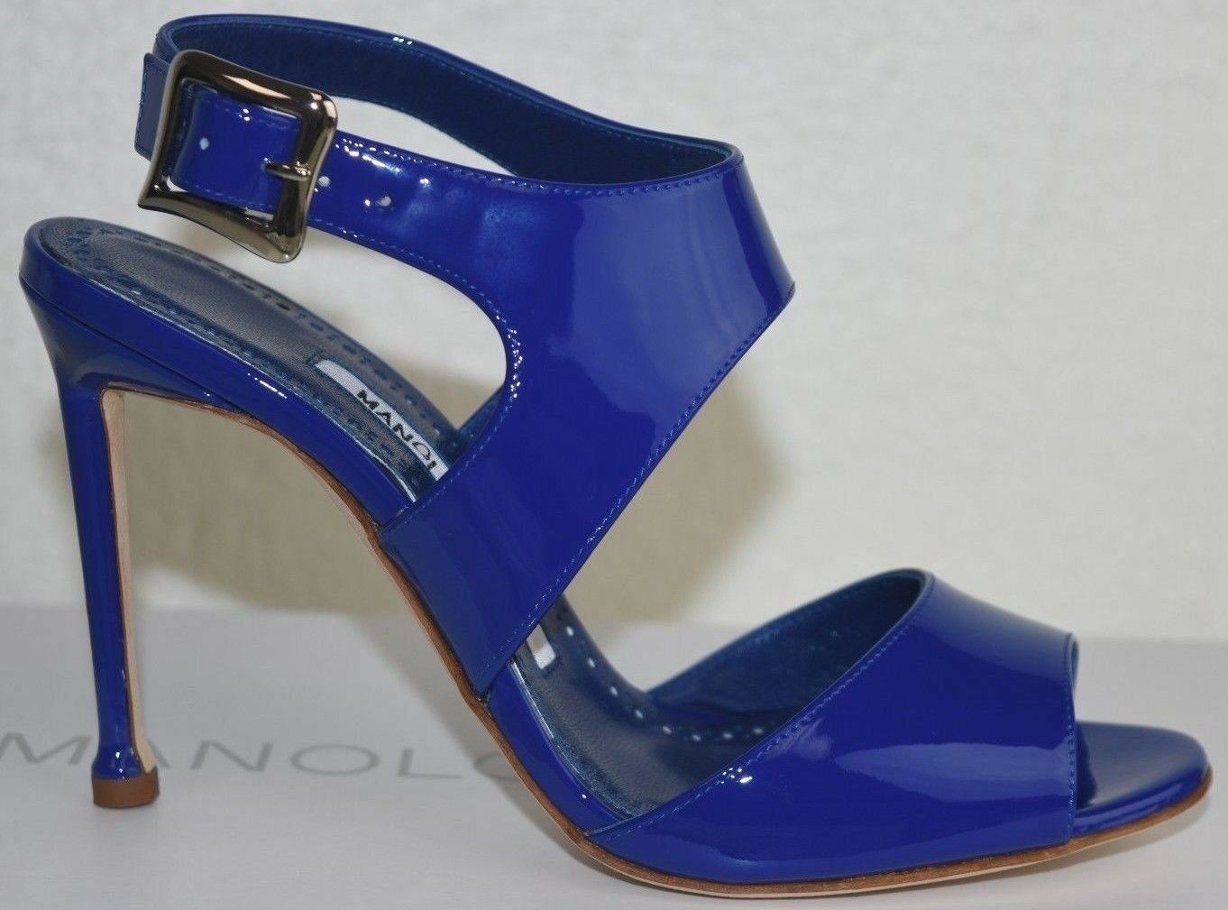 795 NEW Manolo Blahnik BURLA 105 Cobalt bluee Patent Leather Sandals shoes 36