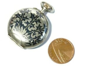 Antique-Swiss-Niello-Holly-Thistles-Pattern-875-Silver-Hunter-Fob-Watch-32mm