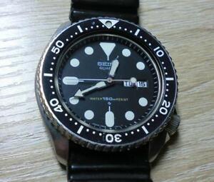 Seiko-7548-7000-Day-Date-Vintage-Diver-Quartz-Mens-Watch-Authentic-Working