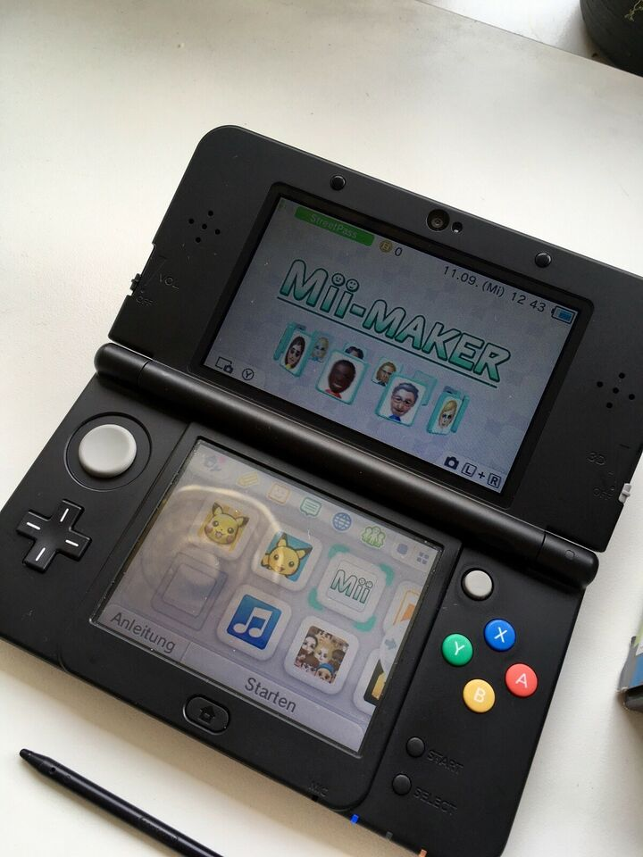 Nintendo 3DS, New 3DS, God