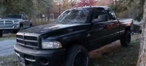 1998 Dodge Ram 2500 Larimet
