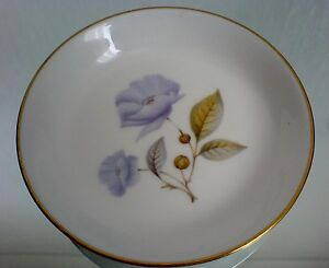 ROYAL WORCESTER FINE BONE CHINA 4 ½ inch Pin Dish Blue Poppy - <span itemprop=availableAtOrFrom>wakefield, West Yorkshire, United Kingdom</span> - ROYAL WORCESTER FINE BONE CHINA 4 ½ inch Pin Dish Blue Poppy - wakefield, West Yorkshire, United Kingdom
