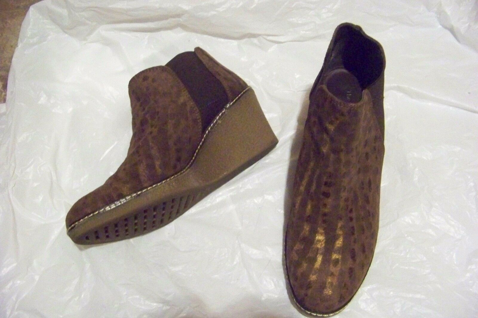 Womens the flexx brown printed wedge heel ankle boots size 7 1 2