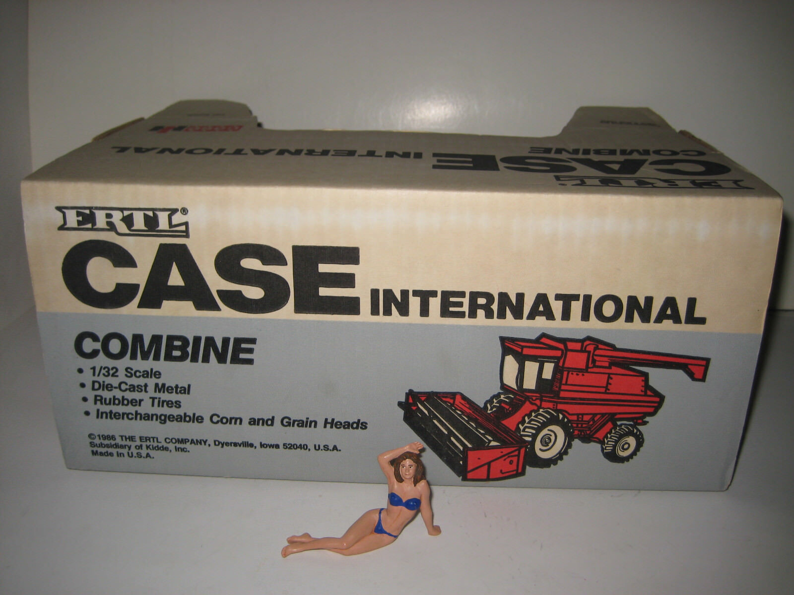 CASE IH Arial-Flow combine Moissonneuses-batteuses #443 ERTL 1:32 Neuf Neuf Neuf Dans Sa Boîte | Emballage Solide  66f552