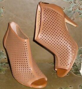 ad9f0ea646 Banana Republic Camel Tan Light Brown Open Toe Bootie Heel Size 8-1 ...