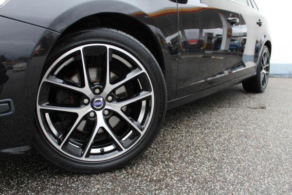 Volvo V60 1,6 T4 180 Momentum aut. - billede 3