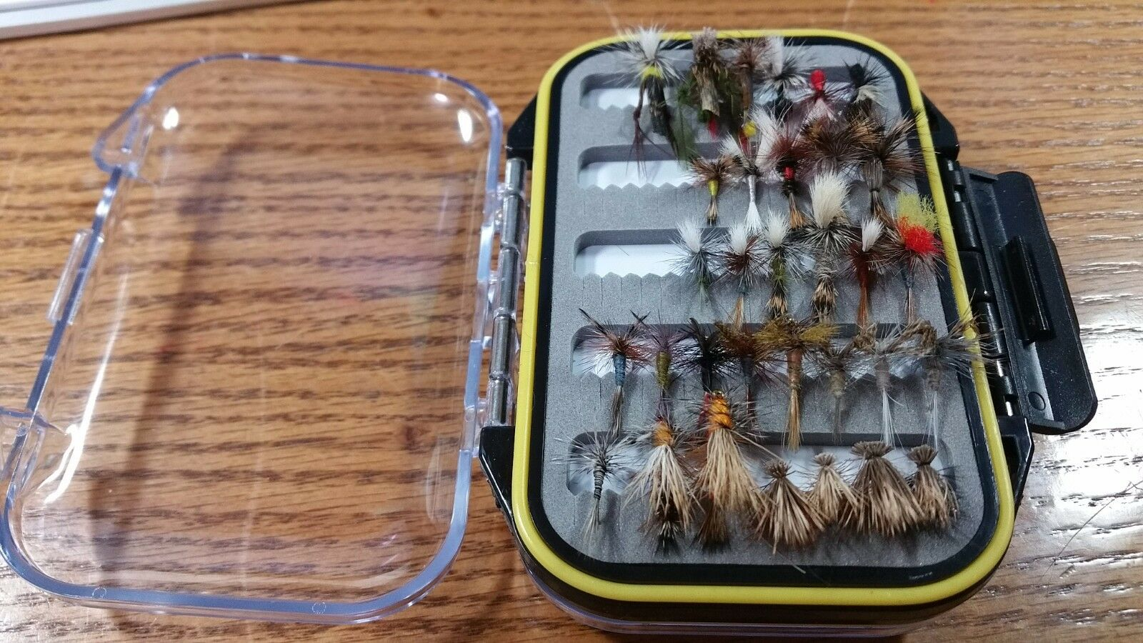 Grab Bag - 72 72 72 Preselected Fly Assortment & Fly Box - Trout, Panfish, Crappie c7c527