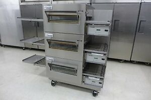 Lincoln-1132-Triple-Electric-Conveyor-Pizza-Sandwich-Oven-Convection-Middelby