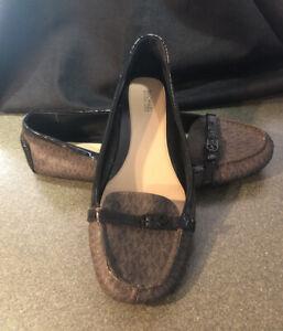 Michael-Kors-Preowned-Black-Brown-MK-Logo-Slip-on-Loafer-Shoe-Women-039-s-US-10M