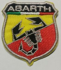 Patch écusson thermocollant aufnäher toppa embroidered. ABARTH. Fiat 4,5 x 4.