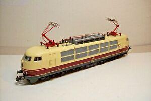MOTRICE-TRAIN-HO-LOCOMOTIVE-ELECTRIQUE-DB-103-230-9-de-ROCO-OCC-sans-boite