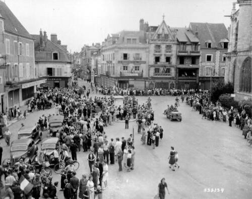 1944 Photo France WW2 Place Mirabeau in Montargis