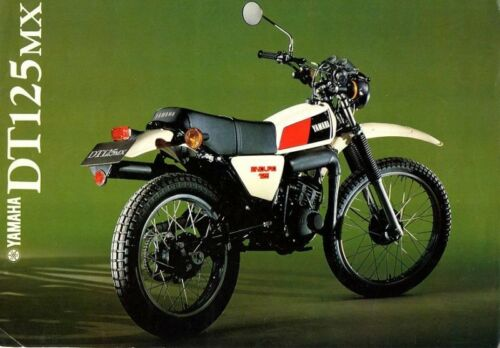 125 DTMX YAMAHA ANNEE 1978 EMBLEMES COMPATIBLES POUR CACHES LATERAUX