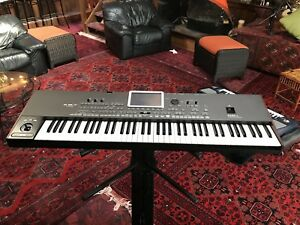 Korg-Pa3X-Le-Keyboard-Synthesizer