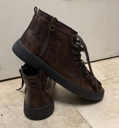 democrata shoes Size 9