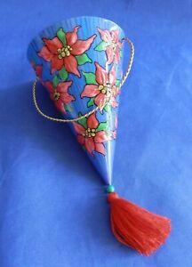 Hallmark-Keepsake-Tin-Christmas-Cone-Holiday-Ornament-2001-QX8875-Linda-Sickman