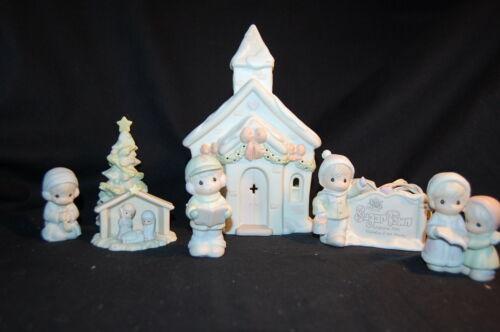 $ PRECIOUS MOMENTS SUGAR TOWN CHAPEL SET COLLECTABLE CHRISTMAS