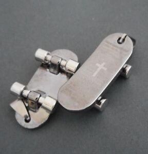 Stainless-steel-pendant-men-pendant-Skateboard-with-Bible-Cross-Charm-PENDANT