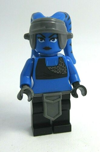 Lego Custom AAYLA SECURA Minifigure with Arealight Customs and Lego parts NEW