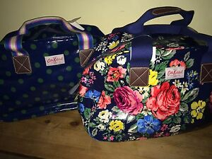 CATH KIDSTON Overnight Bag Hampstead Rose   Button Spot RRP£65 Free ... 81a956e96082d