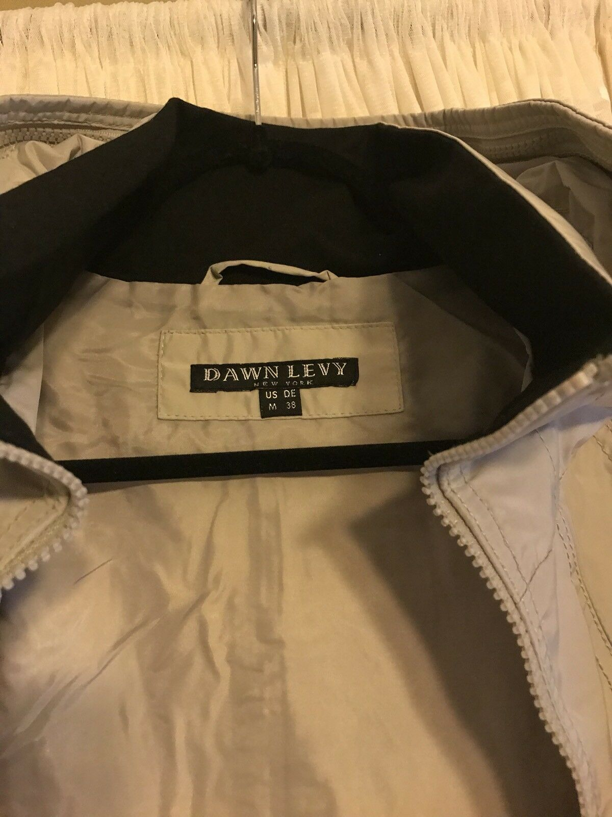 DOWN LEVY Women's Raincoat Raincoat Raincoat Size M NWOT b00631