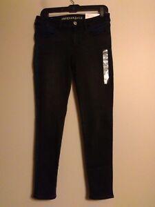 cecdf736ec9 NWT-AMERICAN-EAGLE-Misses-Jeggings-Jeans-Sz-10-