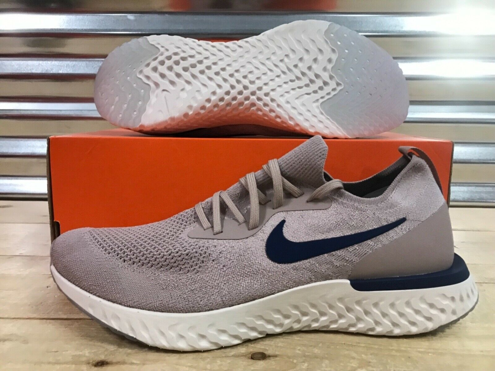 Nike Epic React Flyknit Running shoes Diffused Taupe blueee SZ ( AQ0067-201 )
