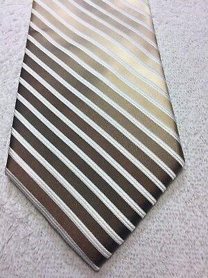 Joseph Abboud Cravatta Uomo Righe Oro Con Bianco 3,5 X 60 Nwot Famoso Per Materiali Selezionati, Disegni Innovativi, Colori Deliziosi E Lavorazione Squisita