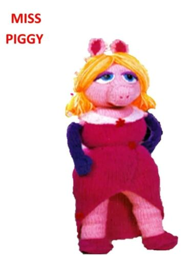 MISS PIGGY vintage TOY knitting pattern