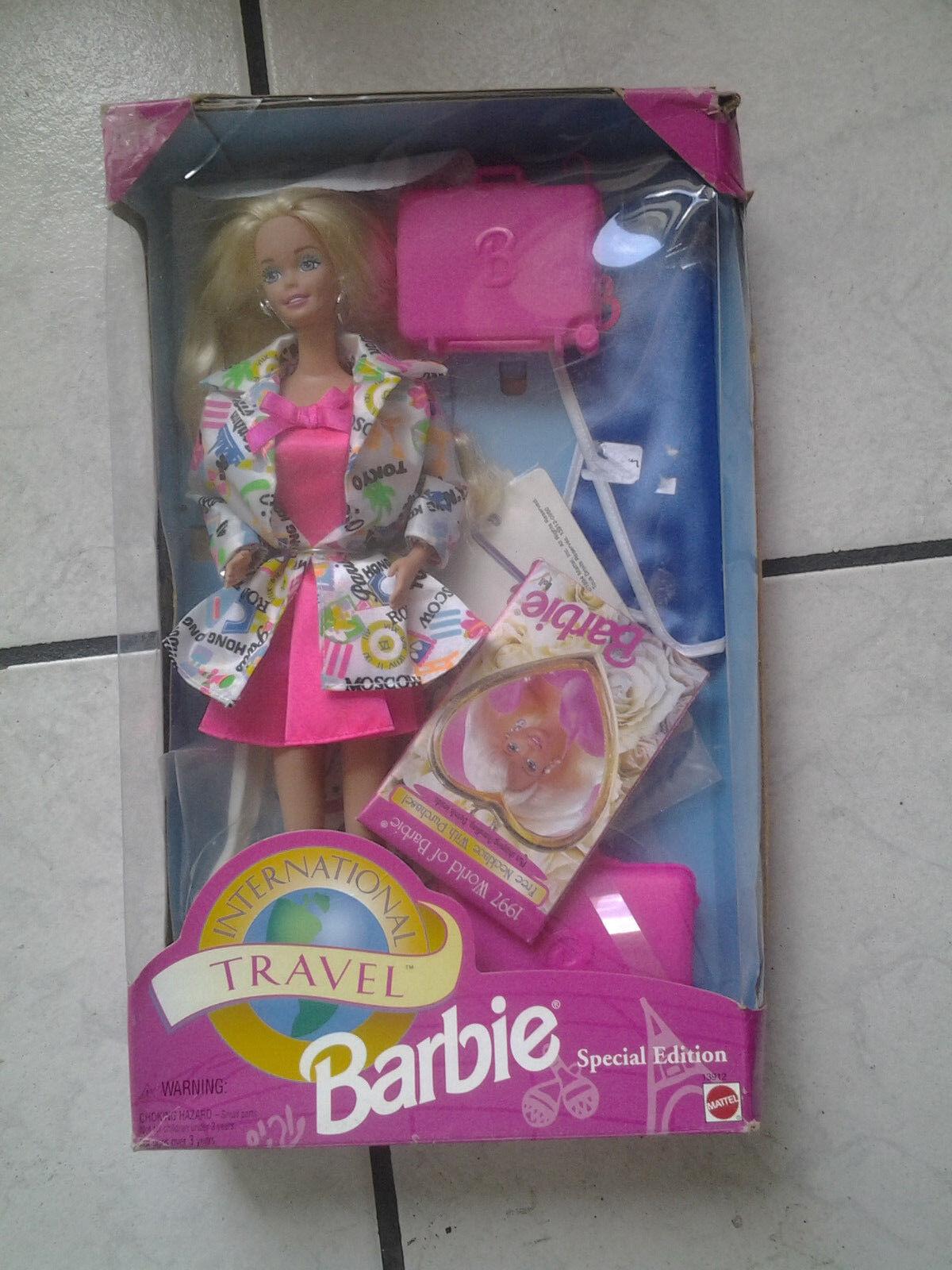 Barbie Puppe    Travel Interantional  mit original  Karton-noch unbespielt - 1994 2ab99d