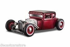 """MAISTO 1929 FORD MODEL A CANDY RED """"OUTLAWS"""" 1/24 DIECAST MODEL CAR 31354"""