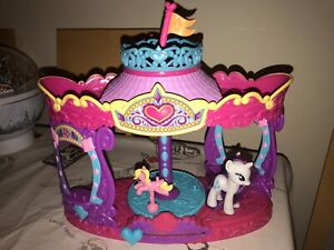 My-Little-Pony-G4-Rarity-Carousel-Boutique-Playset-Rare-Friendship-Is-Magic