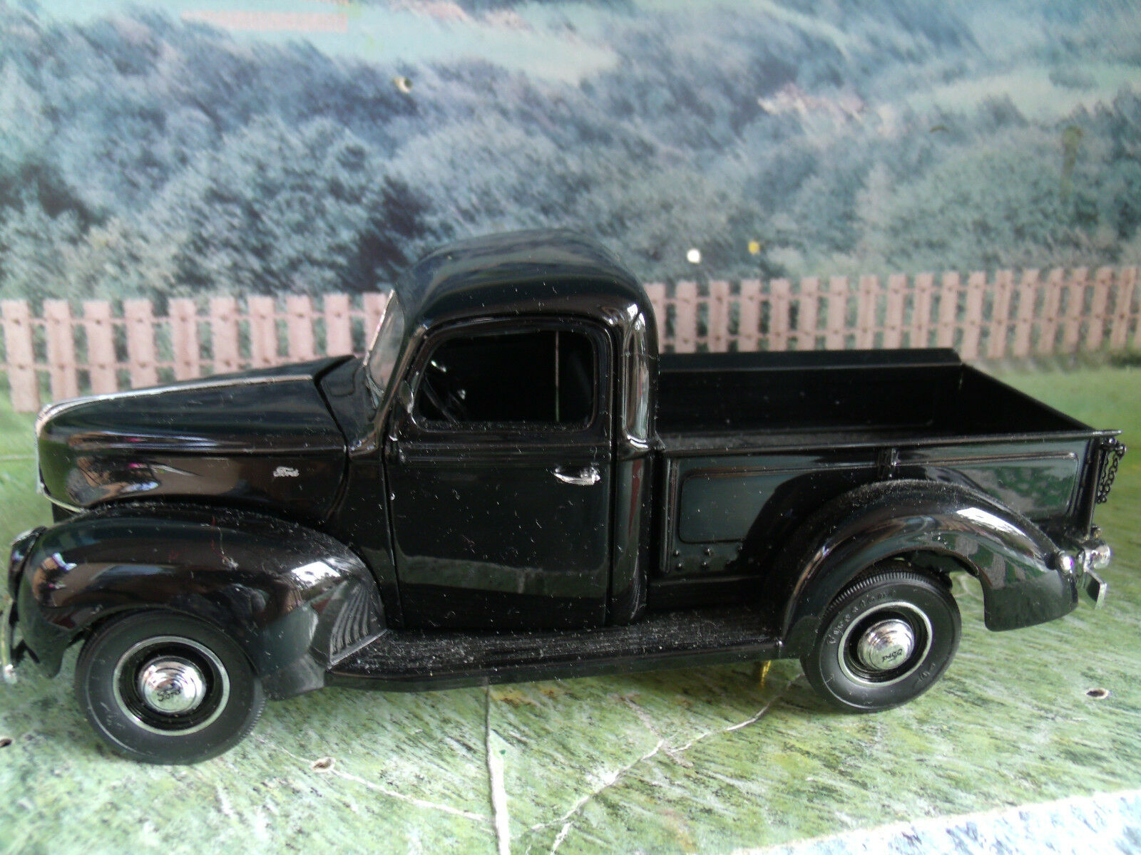 1 24  Franklin Mint  1940 Ford P Up