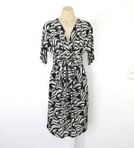 NICOLA FINETTI Size 10 Pencil Stretch Dress Black and Off White Deep V-Neck EUC