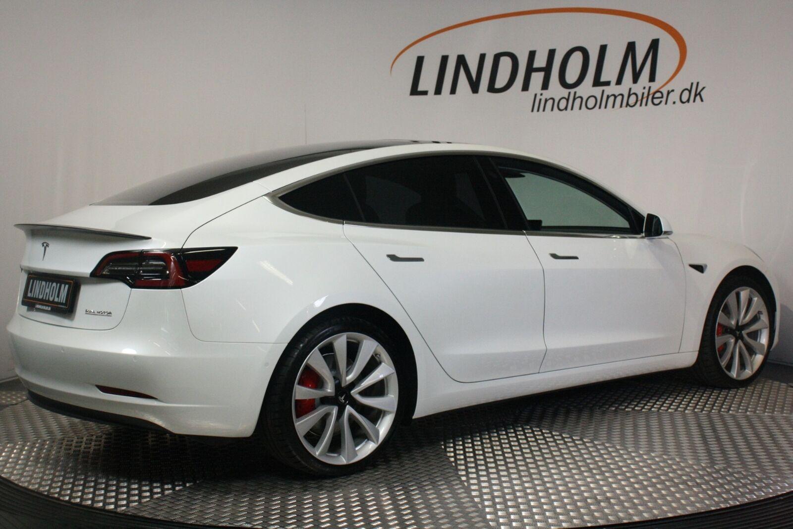 Tesla Model 3 Performance AWD