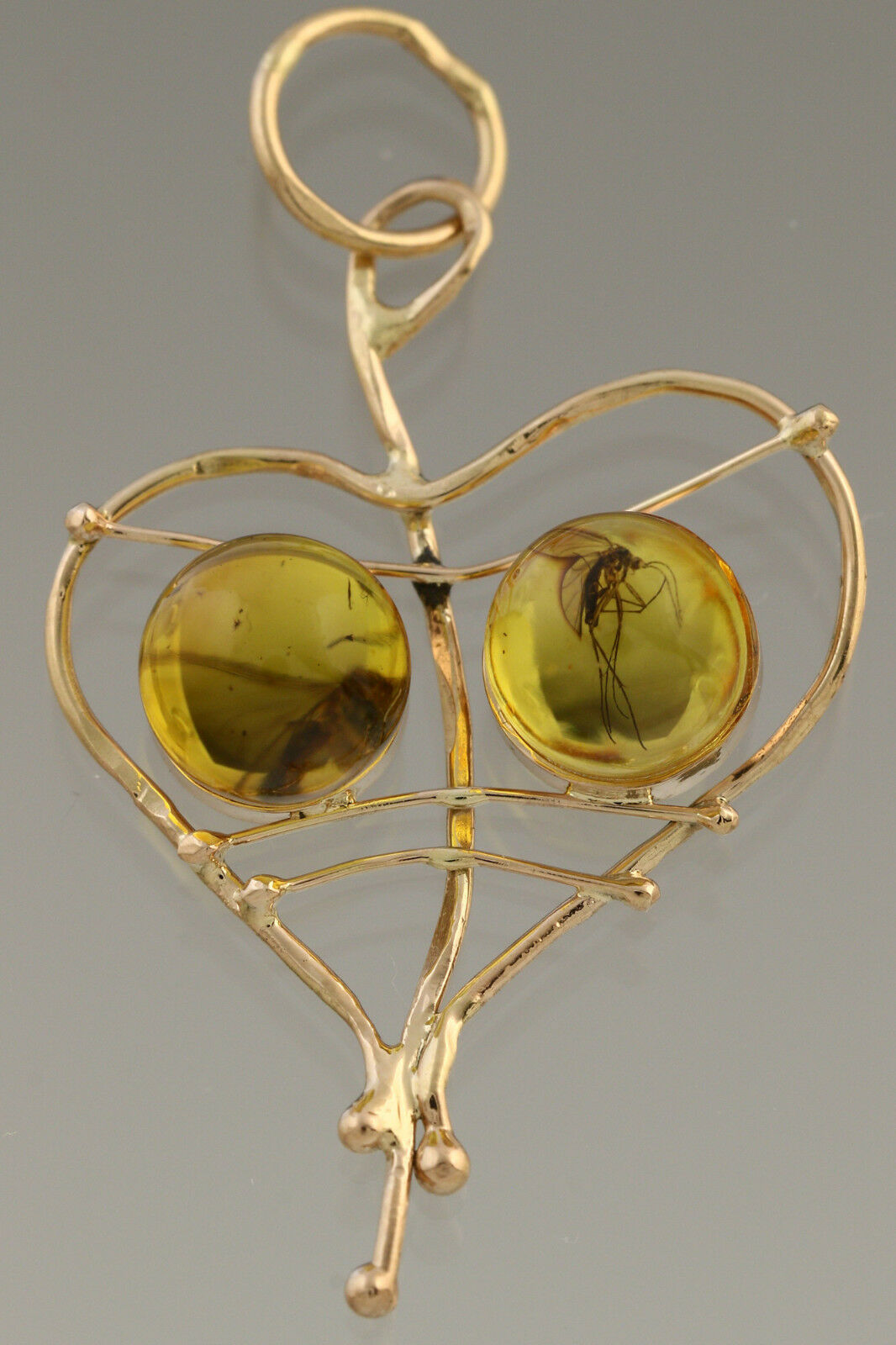 Genuine BALTIC AMBER 14K gold Heart Pendant with Fossil INSECTS 1.1g 181129-4