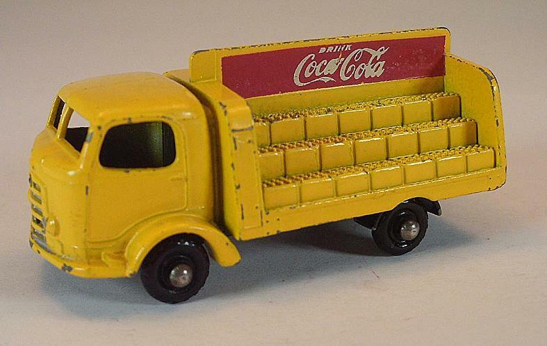 Matchbox Regular Wheels Nr. 37 B Coca Cola Lorry yellow r. Ax. BPW Lesney 2
