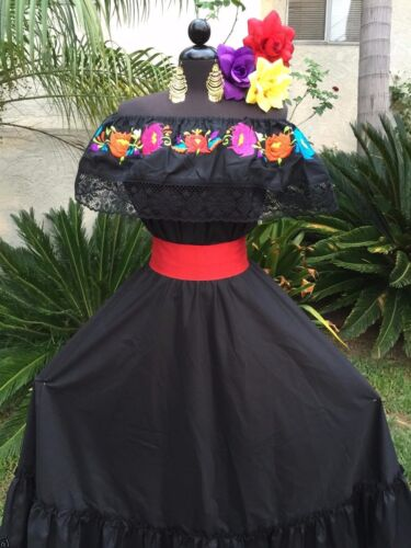 Fiesta,5 De Mayo,Day of the Dead  2 Piece.Vestido Mexicana Fiesta Mexican Dress