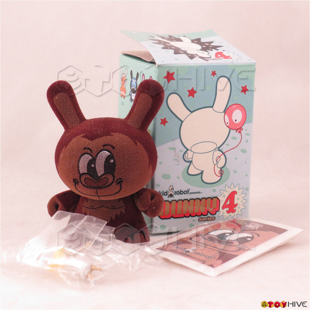 Kidrobot Dunny 2007 Kong series 4 by Sket One 3-inch figure with box