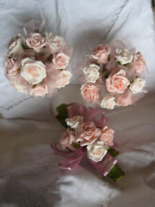 Medium-fragranced-cinnamon-sticks-with-latex-roses-PAPK